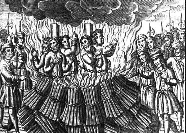 burning-heretics